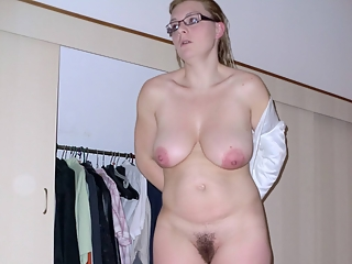 Wife in glasses naked and blowjob