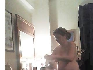 fat wife dressing.