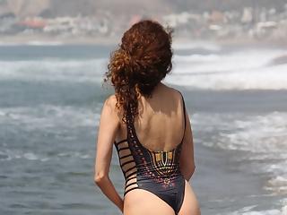 Blanca Blanco Nip Slip