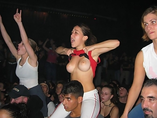 Girl shows tits