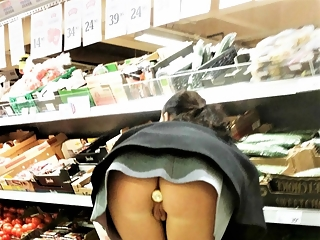 Flashing in stores and supermarkets