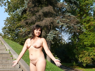 Exhibitionist milf naked in public