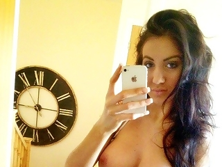 Topless selfies from amateur girls