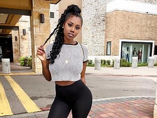 Hot babes in leggings