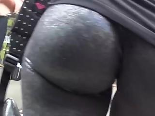 Jiggling ass in black leggings