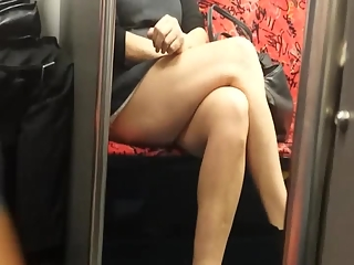 BaBare candid legs women video compilation