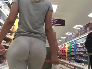 Sexy booty in sports pants