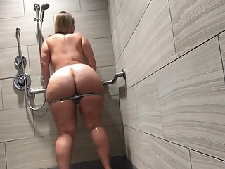 Huge ass blonde in shower