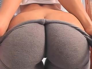 Fantastic butt in leggings