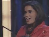 Accidental pussyflash on spanish TV