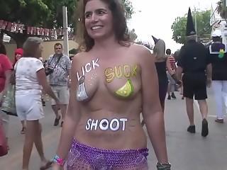 Amateur naked mardi gras babes