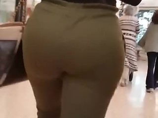 Big round ass latina