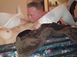 Husband eats wife's pussy