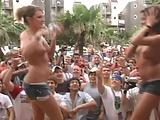 Spring Break Titty Shake