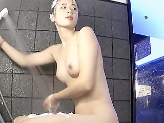 Japanese gals washing body