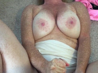 Freckles wife doggy fuck