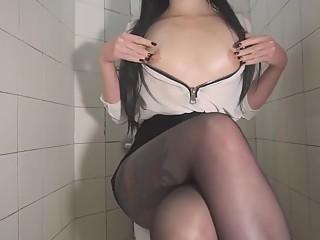 Hot babe dildo in butt in toilet