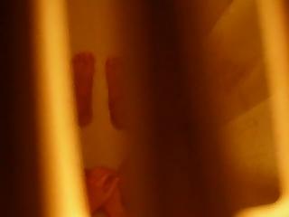 Teen Spied in Shower Fingering